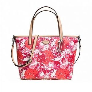 Coach Metro Floral Print Small Tote New With Tag
